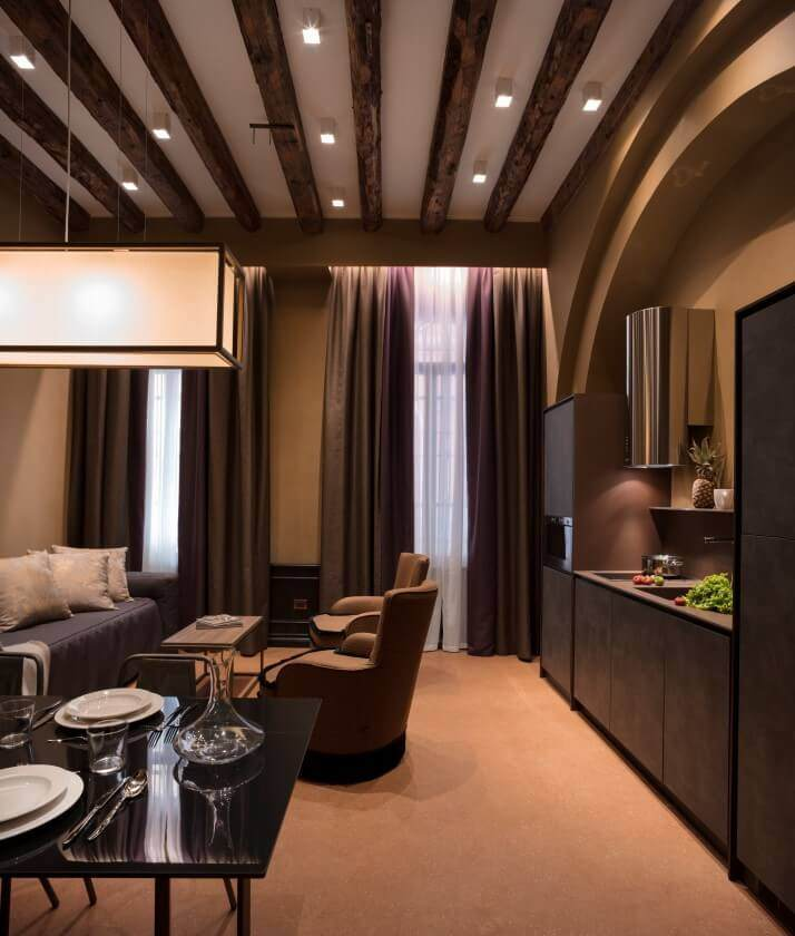 Living Room In Venice Fl: Holiday Apartments Venice Rialto